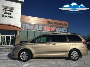 2011 Toyota Sienna LE AWD 7-Passenger  ACCIDENT FREE, BLUETOOTH,