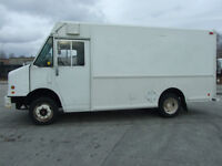 2000 Freightliner MT45 - Food Truck or Contractors - Diesel