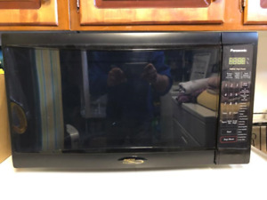 Black Panasonic Microwave Oven