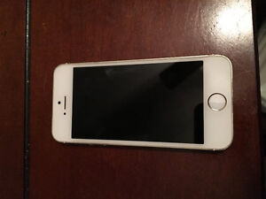 selling iPhone 5s 16g