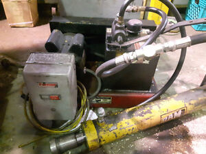 Hydraulique power unit / unite de puissance hydraulique