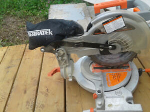 FOR SALE A 10 MITER SAW