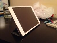 White iPad Mini 32GB