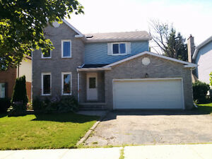 Gorgeous 4 bedroom 4 bathroom house for rent in Kitchener!!!