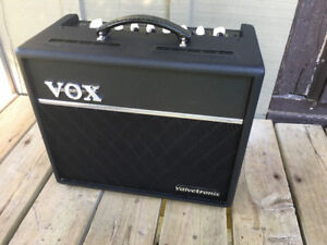 VOX VT20+ Modelling Amp with Foot Switch