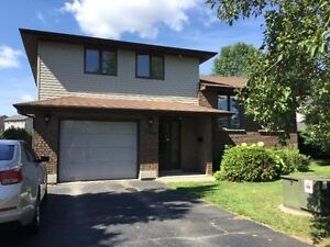 NEW SUDBURY, GREAT FAMILY AREA WITH POOL!