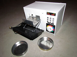 Vintage Micro-Lite Toy Oven For Sale Cornwall Ontario image 2