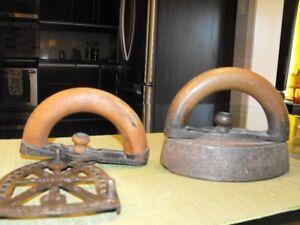 Fer à repasser antique / Antique Iron