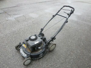 SNAPPER SELF PROPELLED GAS LAWN MOWER (PRICE DROP $50! )