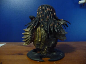 Predator 2 Masked Limited  Resin Bust West Island Greater Montréal image 4
