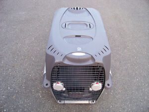 DOG-IT DESIGNS PET CARRIER ***FIRST $75 GETS IT***