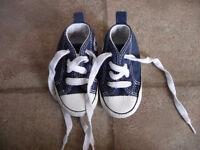 Chaussures Converse bébé grandeur 3