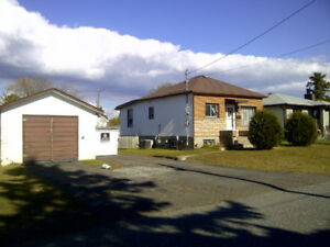 Northward - 2 bedroom  house for rent - $1300/m plus heat/hydro