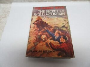 1948 HARDY BOYS SKULL MOUNTAIN W/DUSTJACKET 212 PGS.