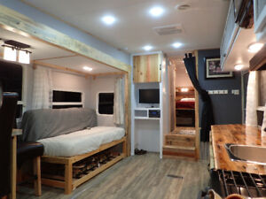 Completely remodeled 2008 Copper Canyon 27 ft fifth wheel.