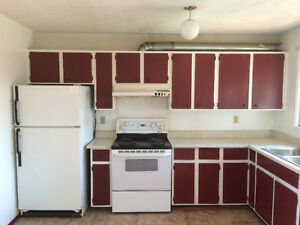 $1150 COZY 3+1 BEDROOM 1.5 BATH TOWNHOUSE NEAR 64TH AVE NW!