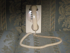 Northern Electric wall phone, excellent working