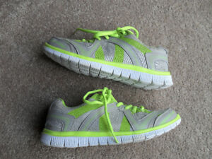Women's ACX Gray Athletic Running Shoes Size 7