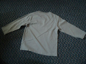 Boys Size 4 Long Sleeve Cotton T-Shirt by Children's Place Kingston Kingston Area image 2