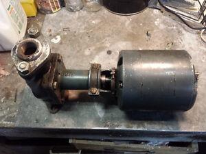 Pompe à eau General Electric 1/8 hp (2 disponibles)