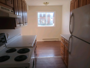 2 BEDROOM BONITA EAST AVAILABLE ASAP