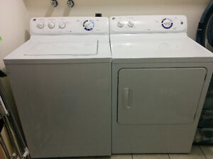 Laveuse/sécheuse GE de 3 ans / GE Washer and Dryer