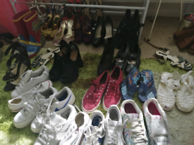 7835d7f585bcf Online car boot sale..Clothes, shoes and other items going cheap