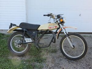 Vintage Can-am project bike