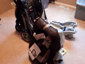 Graco SnugRide ClickConnect travel system
