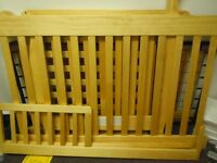 Beautiful 4 in 1 Crib with Toddler Rail