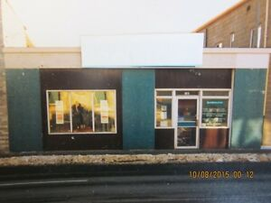 KING & CASSELLS - PRIME LOCATION, COMMERCIAL BUILDING FOR SALE
