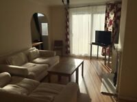 Double room in house near Clapham Junction