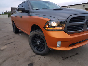 2014 Ram 1500 Sport Fully Loaded, only 58,000 Clean, Unique!!!