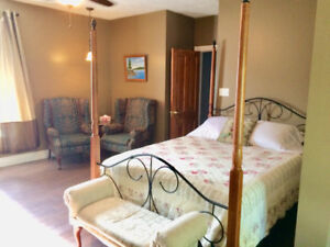 Vacation Suite in Wiarton, explore Sauble & Bruce Peninsula