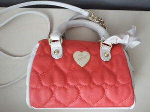 ***Betsey Johnson Satchel***