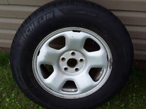245/65-17 MICHELIN LATITUDE ICE TIRES AND RIMS.MINT SHAPE!