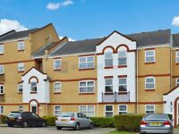 2 bedroom flat in Aaron Hill Road, Beckton E6