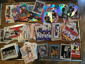 NHL LEAFS AND HOCKEY COLLECTIBLES