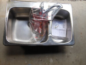 Kitchen S/S Sink and pull out head Faucet