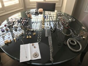 100 Piece Private Jewellery Collection