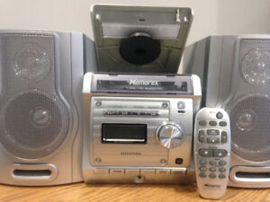 Memorex MX4122 - MicroStereo System with AUX, CD & RADIO