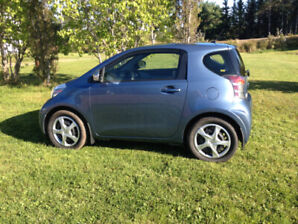 2014 Scion IQ by Toyota, Smart car like