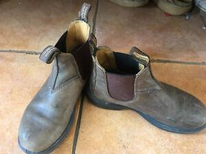 Blundstone boots kids