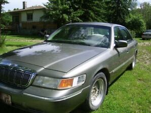FOR SALE 2000 MERCURY GRAND MARQUIS