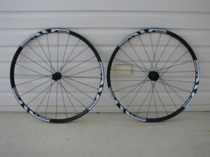 SPECIALIZED CYCLOCROSS WHELL SET
