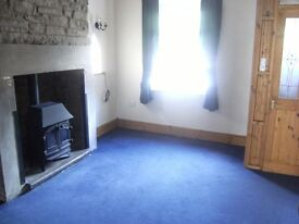 2 double bed stone cottage with original features.