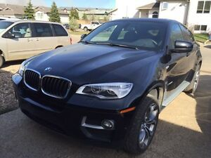 2014 BMW X6 w/ M PACKAGE