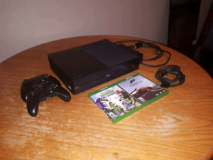 XBOX ONE 500GB Bundle | 2 Controllers and 2 Games