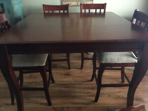 Bar Height Dining Room Table & 6 Chairs