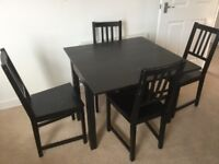 Extendable Table and 4 chairs